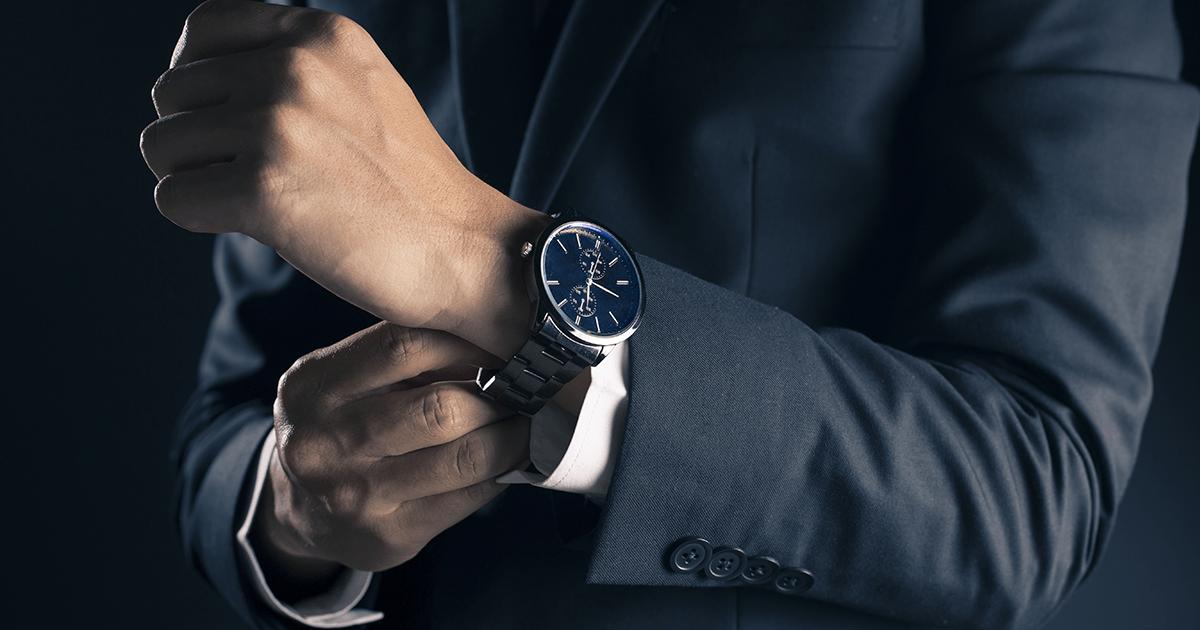 スマホで時間チェックはNG!? 営業パーソンこそきちんとしたい、腕時計の選び方